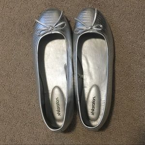 Silver Xhilaration Flats with Bows